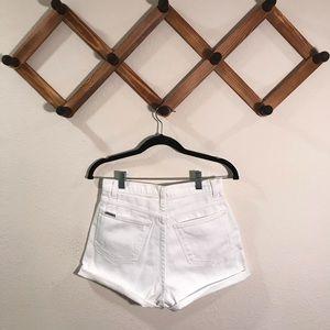 Vintage Jordache high waisted cuffed shorts